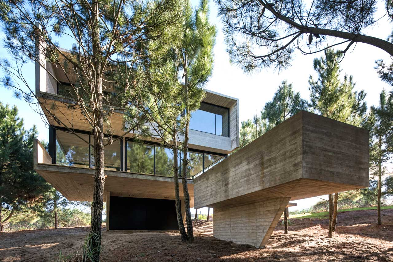 This minimalist house in Argentina defies gravity with its architecture and looks really impressive