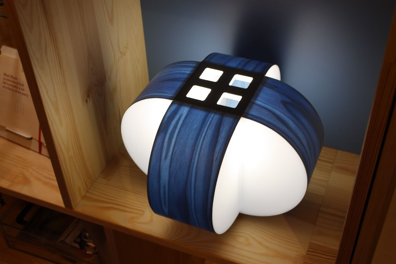 an accent table lamp in white and classic blue   a bold 3D piece for a fashionable statement in your space