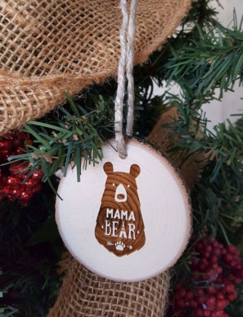 wood slice Christmas ornaments with plywood stickers are very modern and cute and look rustic at the same time