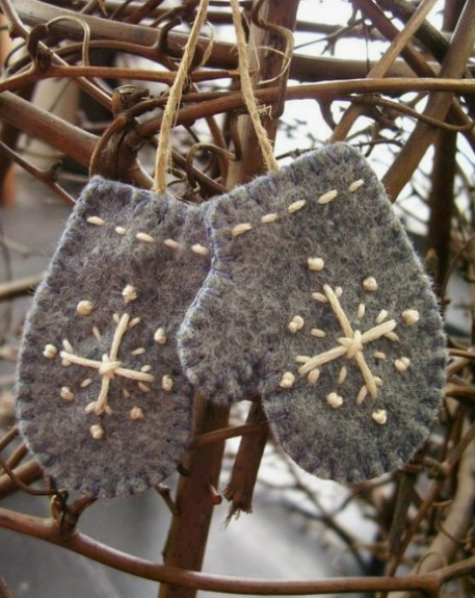 grey felt mitten Christmas ornaments with embroidery are super cute and can be easily DIYed