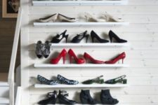 25 IKEA Mosslanda shelves for storing and displaying your shoes at their best in the entryway