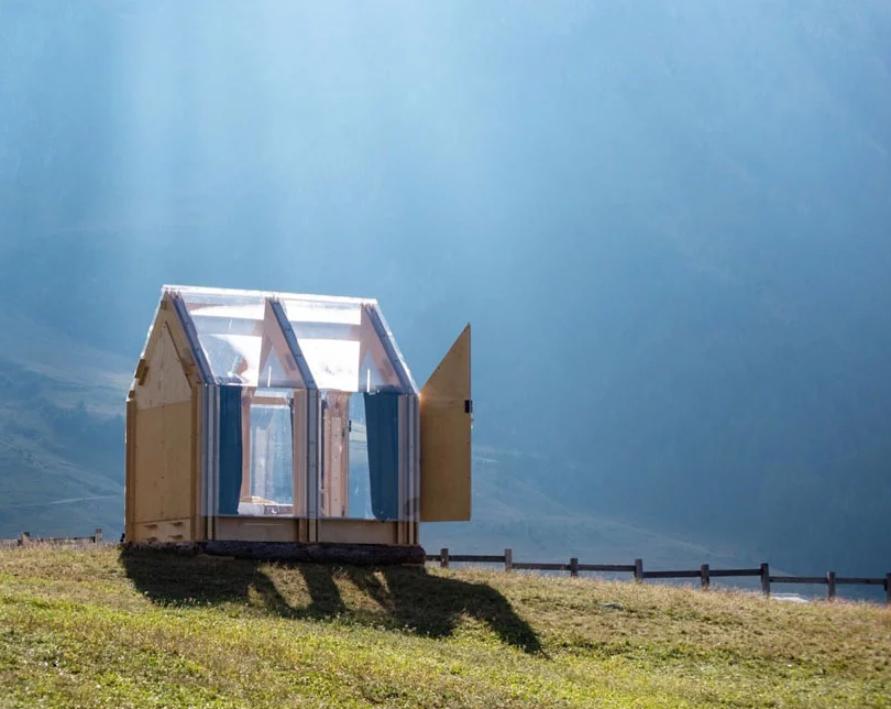 Immerso is almost a totally transparent cabin for camping staying fully connected  to nature around