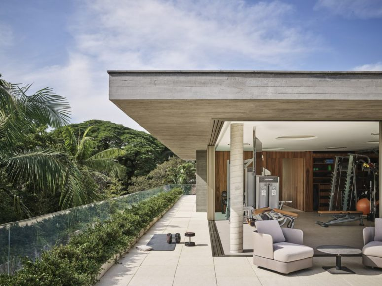 Contemporary House With A Rough Concrete Facade