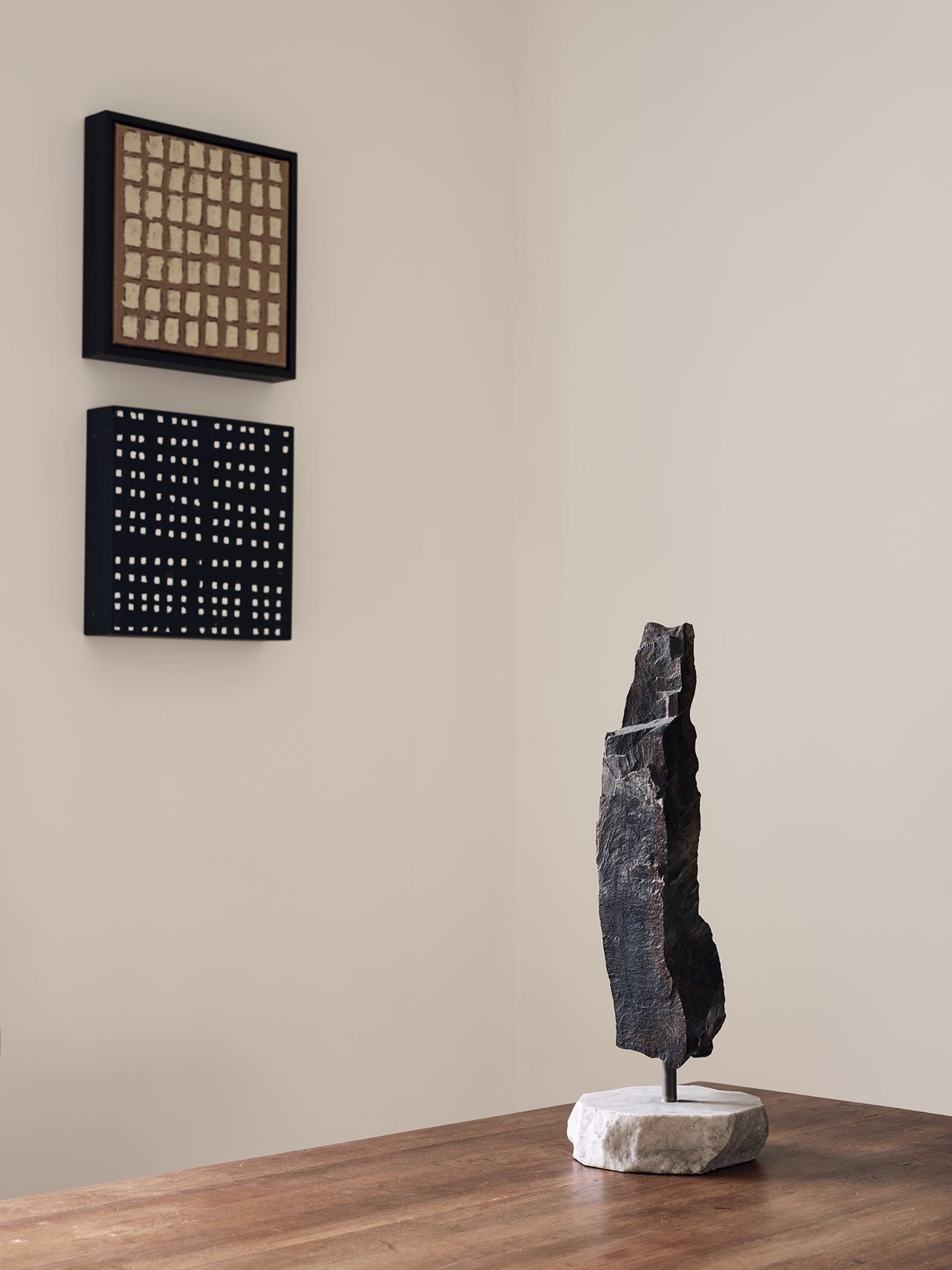 Sculptures and artworks integrated into decor gave it special charm and chic