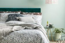 20 stylish printed bedding and pillows of various fabrics are amazing for bedrooms