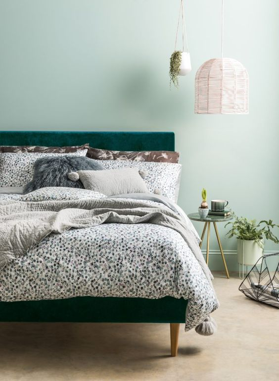 stylish printed bedding and pillows of various fabrics are amazing for bedrooms