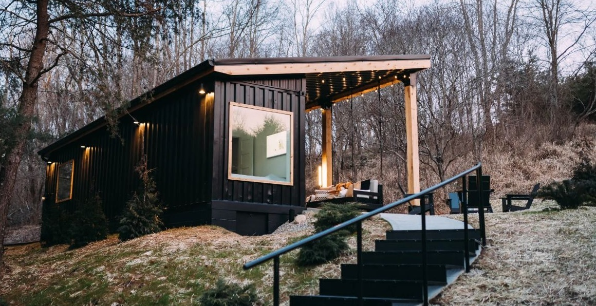 The exterior of the container is black and that allows it to more easily blend into the landscape and looks dramatic