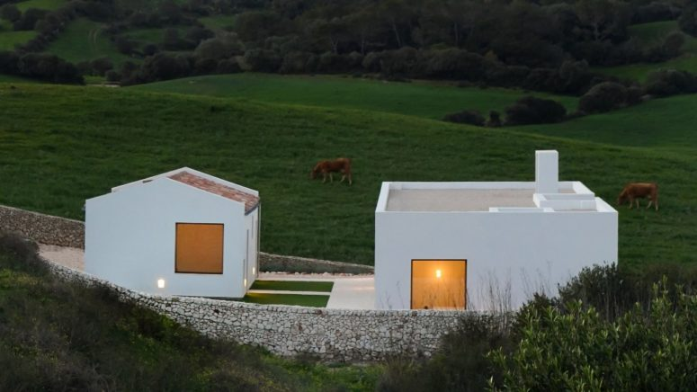 Minimalist Pure White House In Menorca