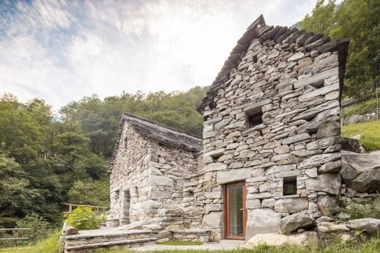 This unique old stone barn was turned into an ultra modern holiday home, with modern interiors but a preserved exterior