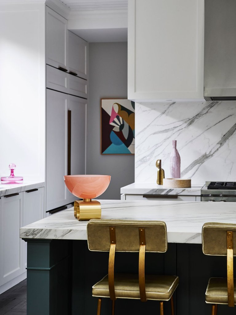 The use of luxurious materials like marble is extensive to make the home refined