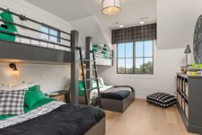 13 The guest bedroom is small but it features bunk beds