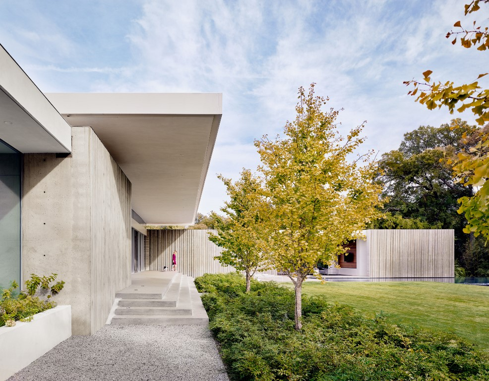 This house is called Preston Hollow and is inspired by brutalist architecture and 50s and 60s Texas homes