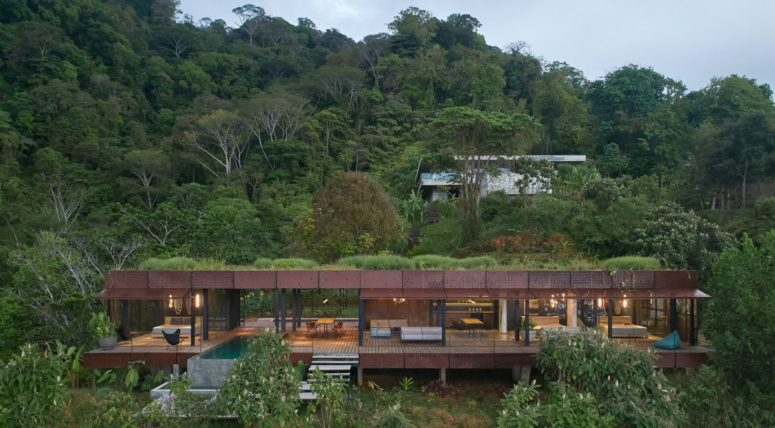 Costa Rica Jungle Villa With An Industrial Facade