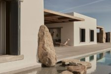 02 Real rocks are incorporated into the design of the house