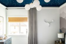 03 a blue and white celetial ceiling is a bold idea for every bedroom to make your sleeping more relaxing