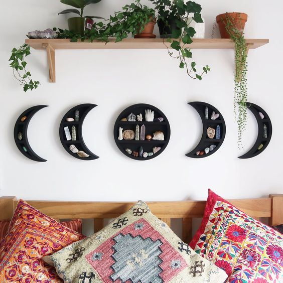 a cool phases of moon wall shelf in black with geodes is a very lovely home decor idea
