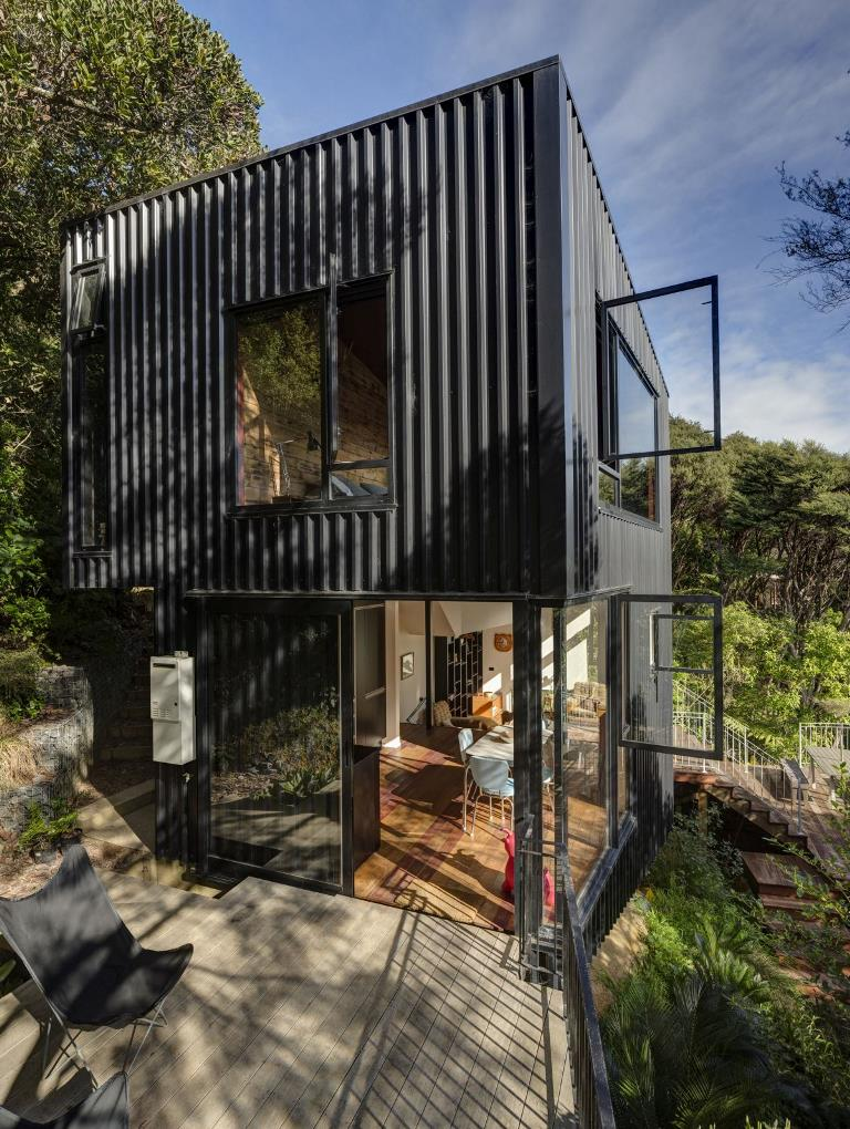 Contemporary Black Tower-Like House In New Zealand