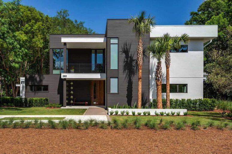 Florida Home With An Open Concept Plan