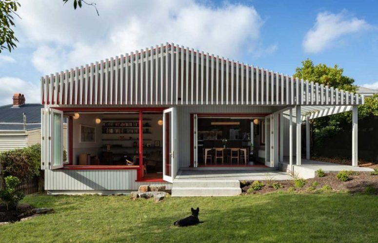 Auckland's Split House With Modern Interiors