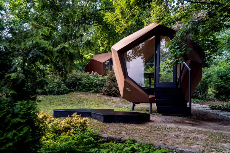 Workstation Cabin: A Faceted Home Office Pod