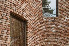 03 Reclaimed bricks were used for sustainability