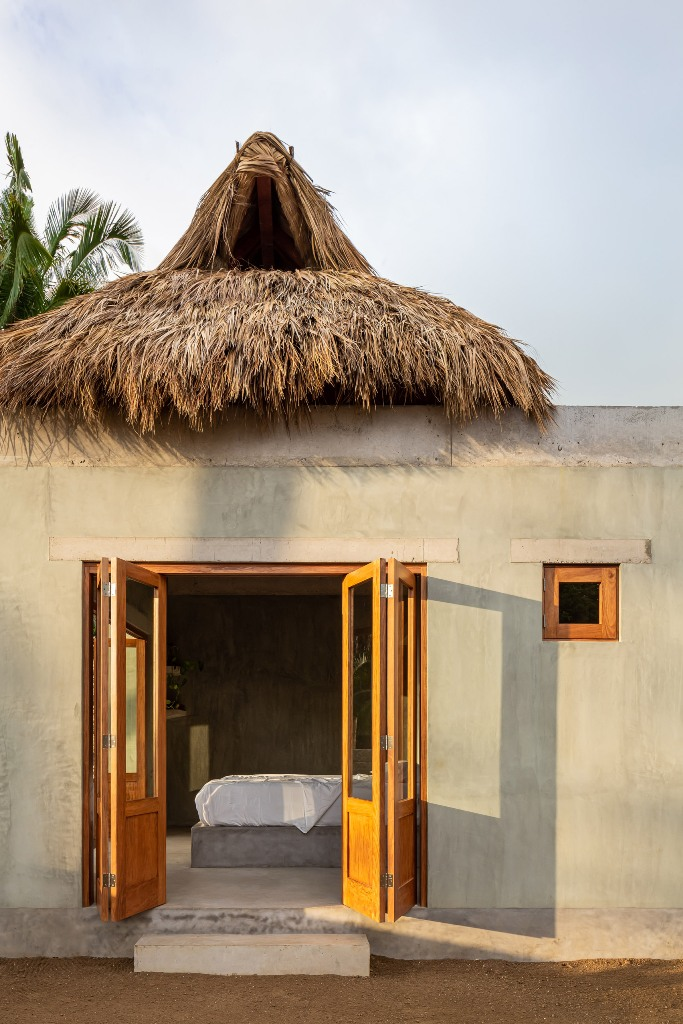 The thatched roof, known as palapa, is formed of drief palm leaves