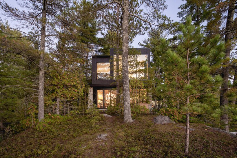 The house is located in the forest on the lakeshore, so it has amazing views and feels very peaceful both inside and outside