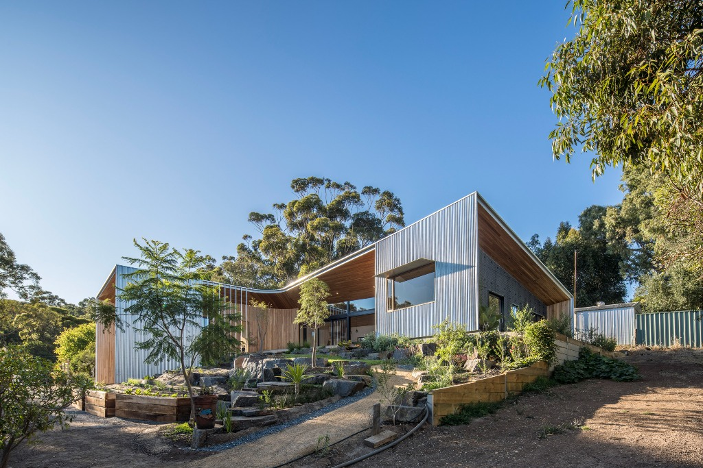Willunga Retirement Residence Designed Around A Garden