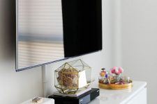 24 a wi-fi router placed right in the sight is another cool idea, it can be part of your decor and will look cool