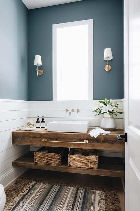 a cute tiny bathroom design
