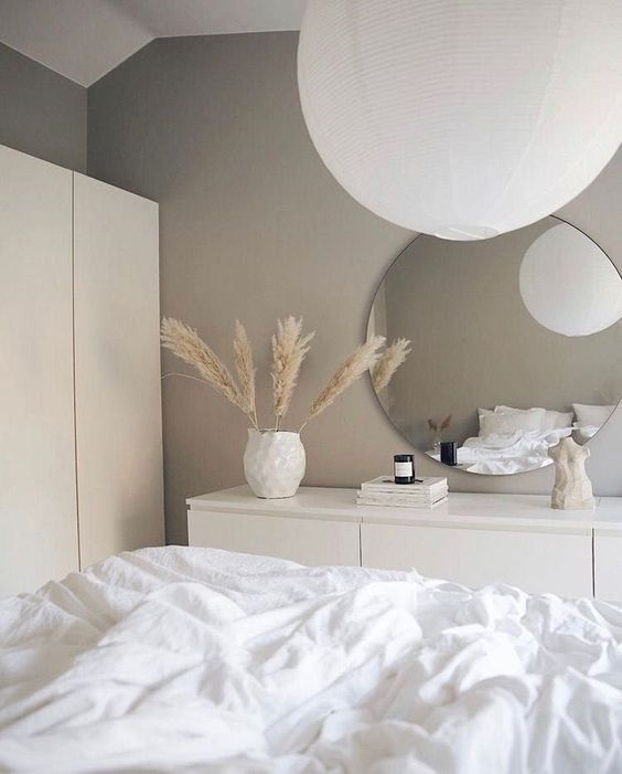 a small yet cozy nordic bedroom design