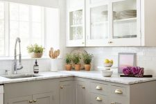 a neutral two-toned kitchen design