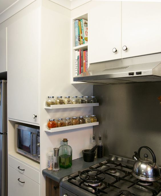 29 ideas to use ikea ribba ledges around the house digsdigs - Ikea organizador cocina ...