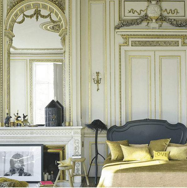 How To Decorate Your Bedroom With Mirrors