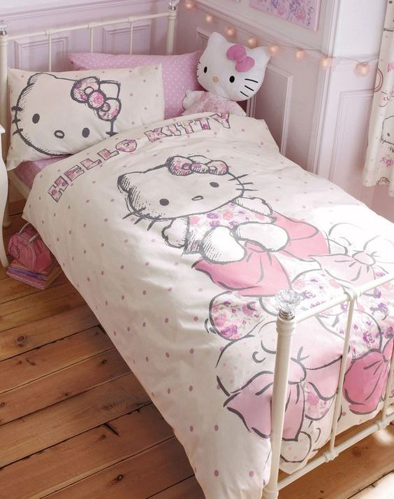 Nice Hello Kitty Bedding set