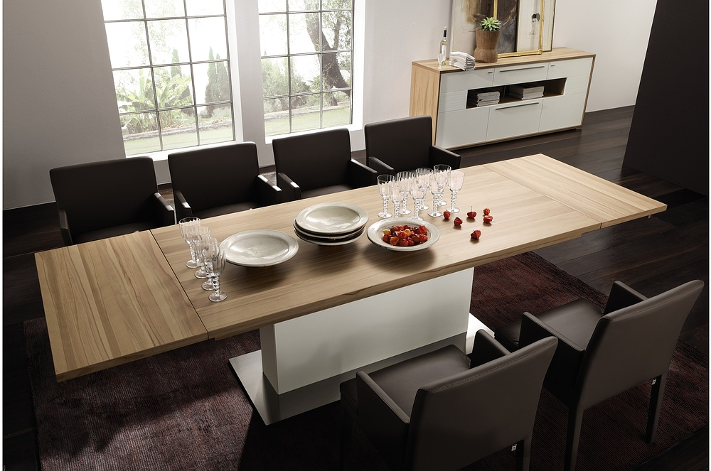 3 new modern expandable dining tables from h lsta digsdigs for Dining table design modern
