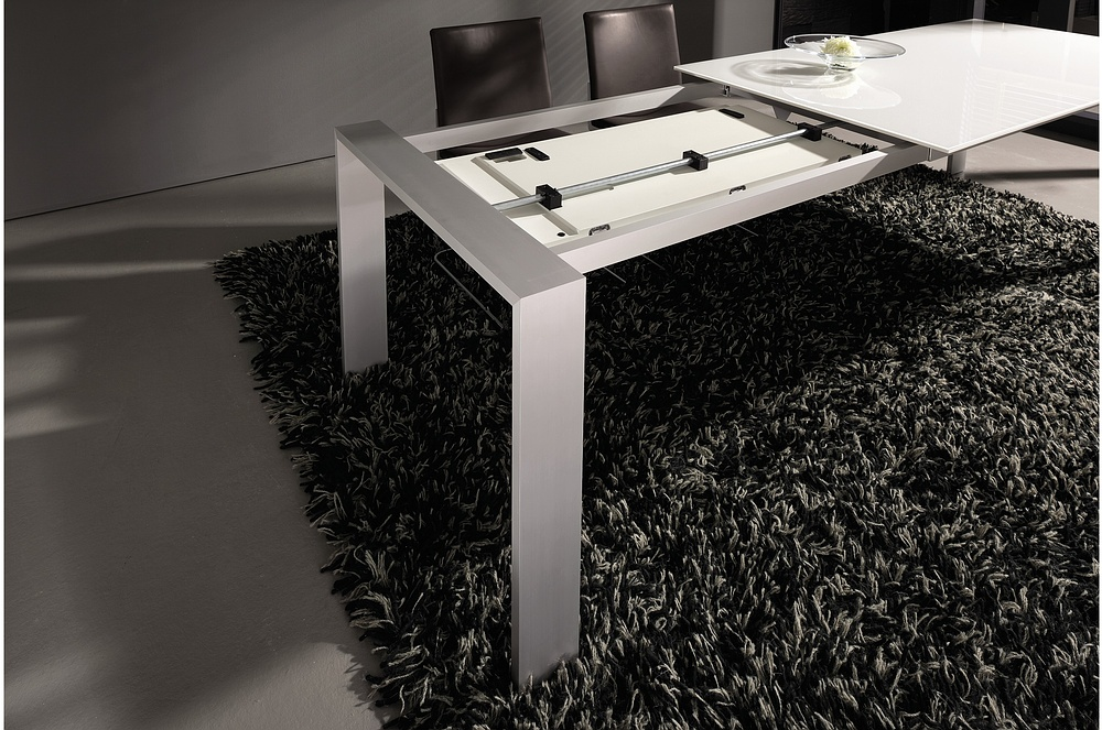 picture of 3 new modern expandable dining tables from hulsta. Black Bedroom Furniture Sets. Home Design Ideas