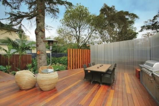 3-stöckiges, modernes und luxuriöses Haus mit zeitlosem Design