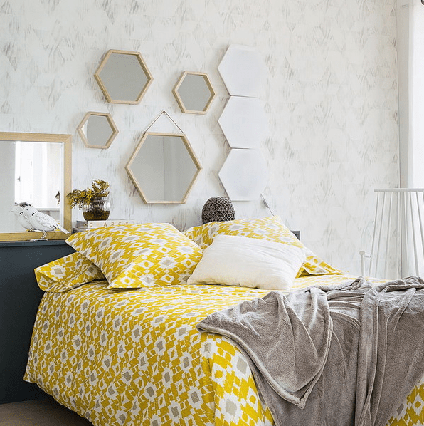 How To Decorate Your Bedroom With Mirrors - 8 Tricks And 31 Example ...