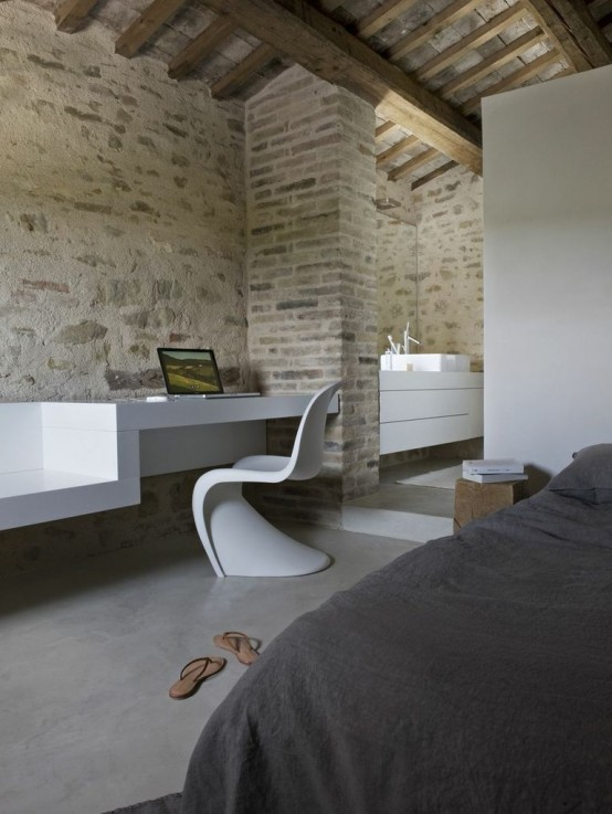 300 Years Old Farm With Minimalist Interiors