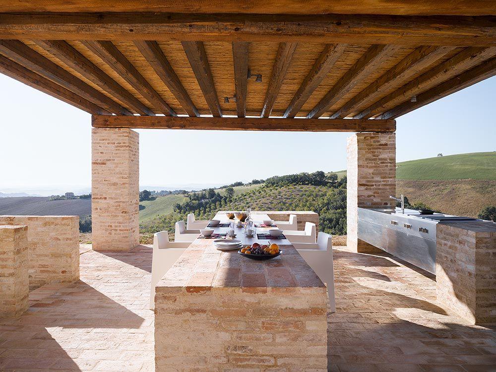 300 Years Old Italian Farm With Minimalist Interiros