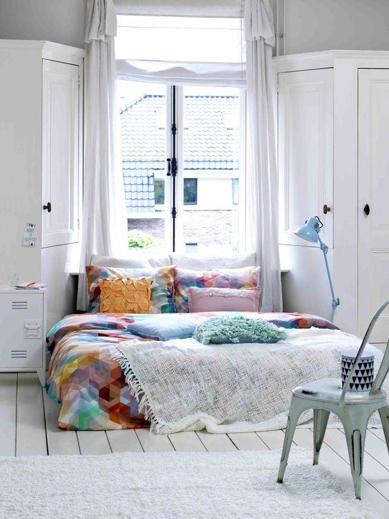 bold geometric bedding