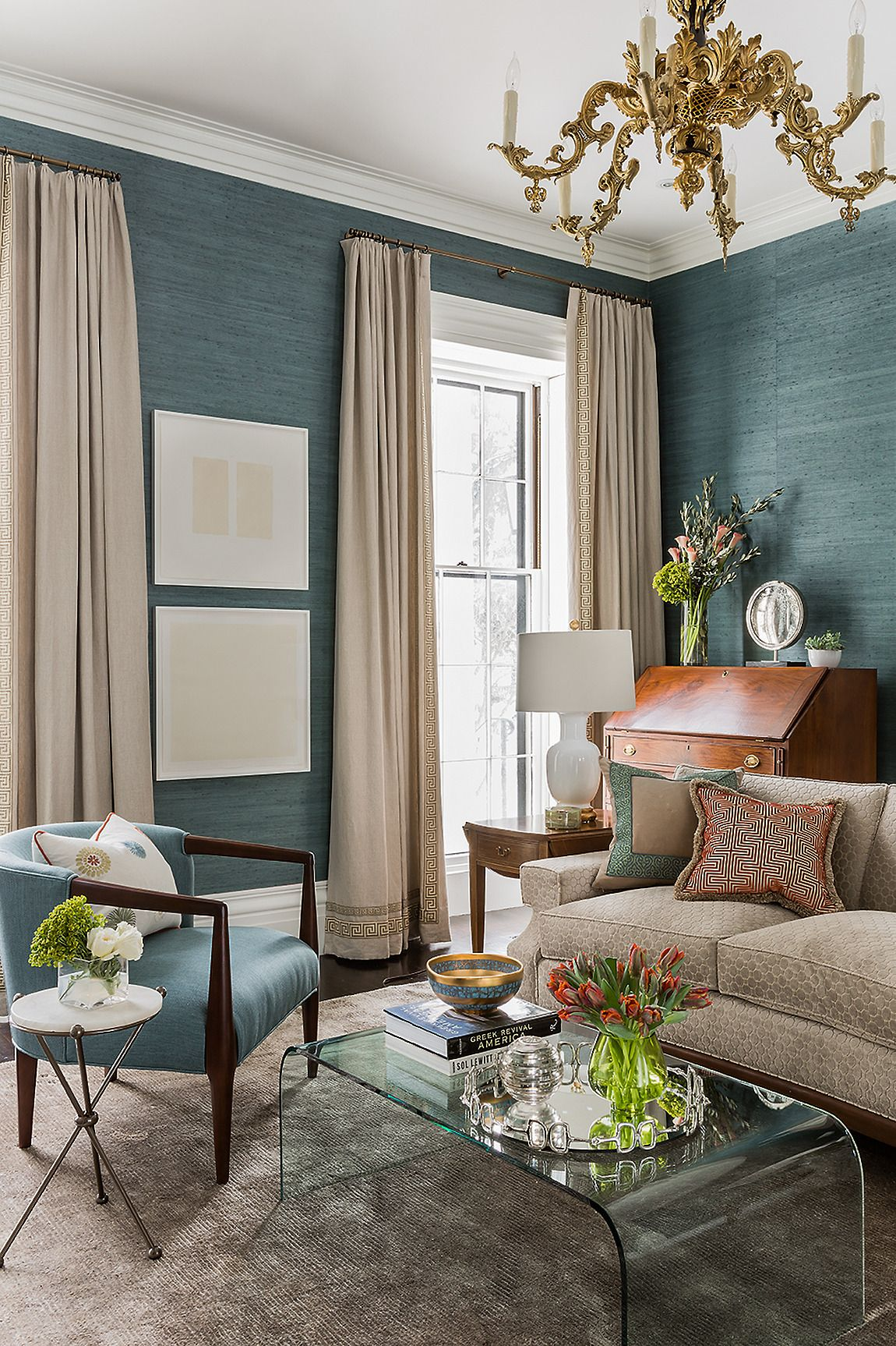 7 hottest wintery color combos for home decor digsdigs for Jazz living room ideas