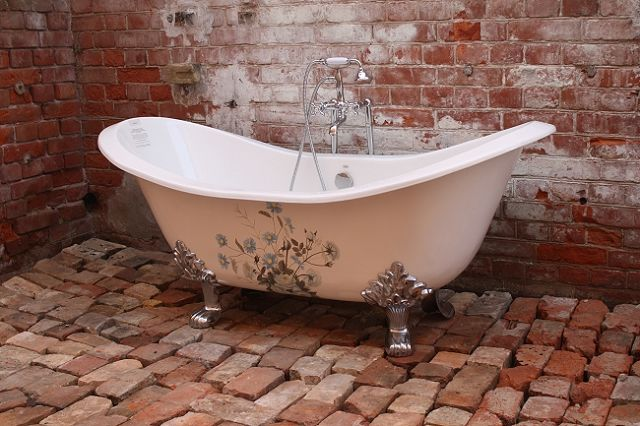 Beautiful Freestanding Bathtubs for Opulent Bathroom Design from Recor