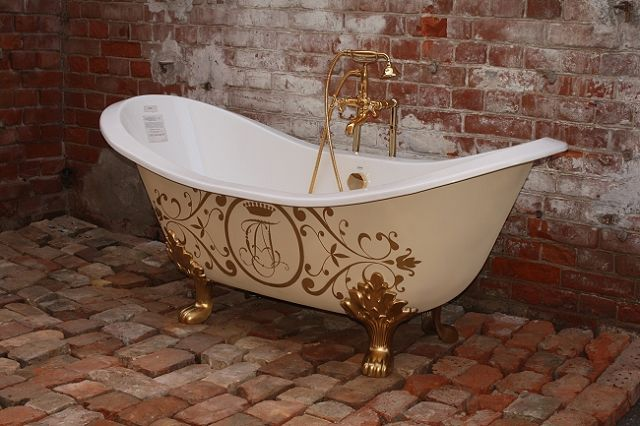 Beautiful freestanding bathtubs for opulent bathroom design from recor digsdigs Bathroom design ideas with freestanding tub