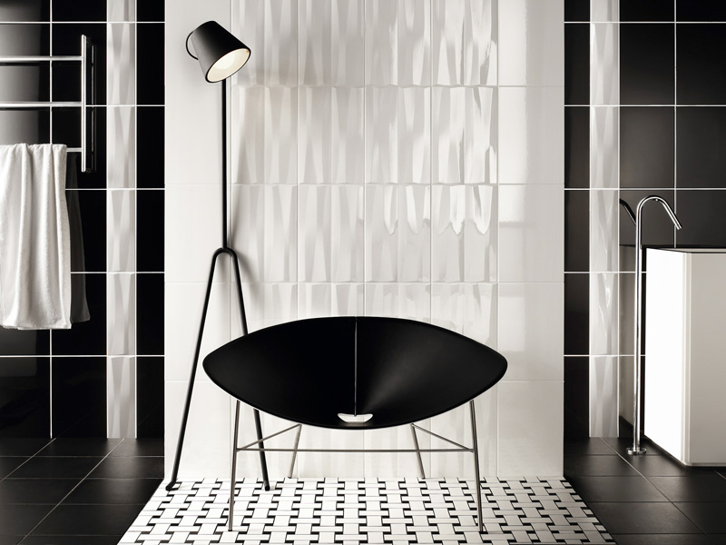 Original Black And White Tile Bathroom For Small Bathroom Design Ideas
