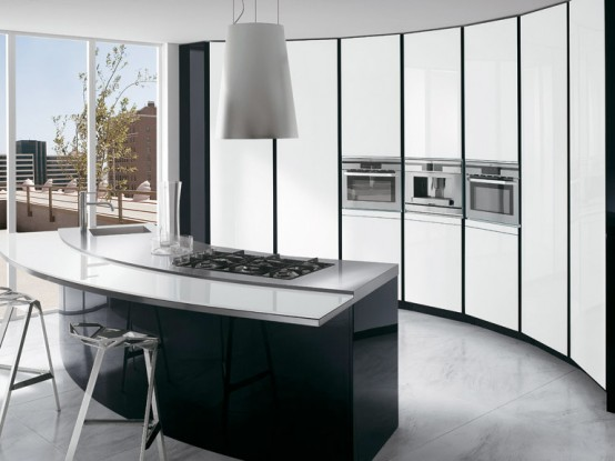 Black and White Kitchen with Curved Island – ElektraVetro White by Ernestomeda