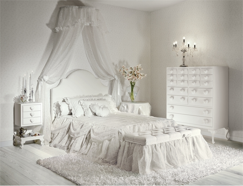 Charming girls bedrooms with hearts theme batticuore by for Girl themed bedroom ideas