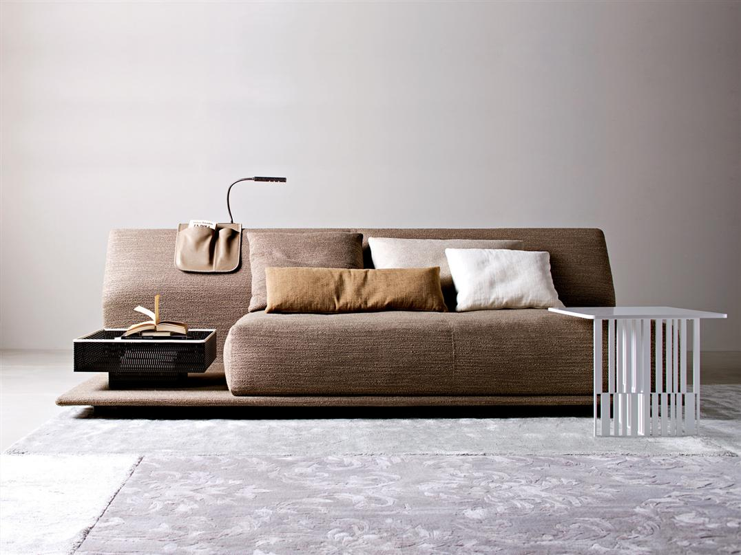 Contemporary comfortable sofa bed by molteni digsdigs for Modern furniture sofa