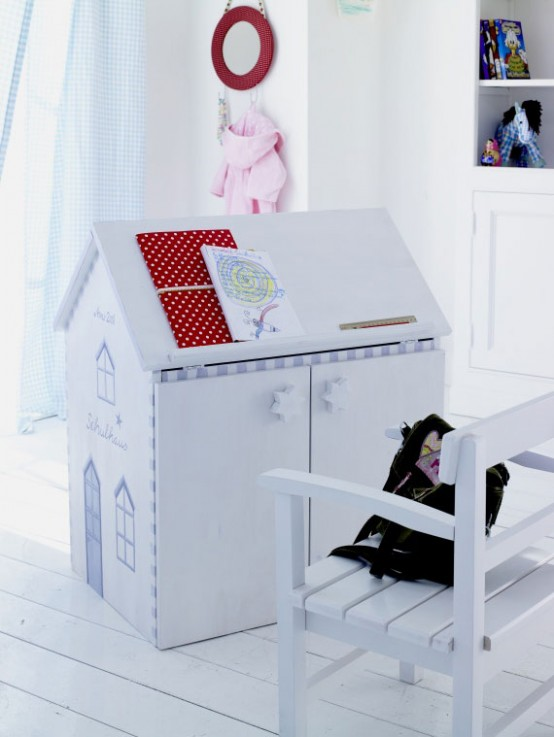 Kids White Writing Desk 554 x 737
